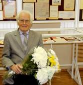 Выдающемуся финно-угроведу, известному ученому-языковеду Дмитрию Васильевичу Цыганкину — 90 лет!