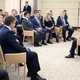 Владимир Путин назвал патриотизм единственной возможной для России национальной идеей
