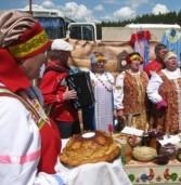 Свадебный праздник в Марий Эл объединил людей разных национальностей