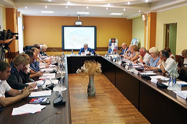 Пётр Тултаев провел заседание Президиума АФУН РФ в Саранске