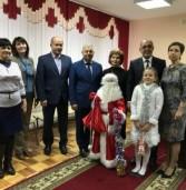 Поволжский центр поздравил коллективы министерств с наступающим Новым годом