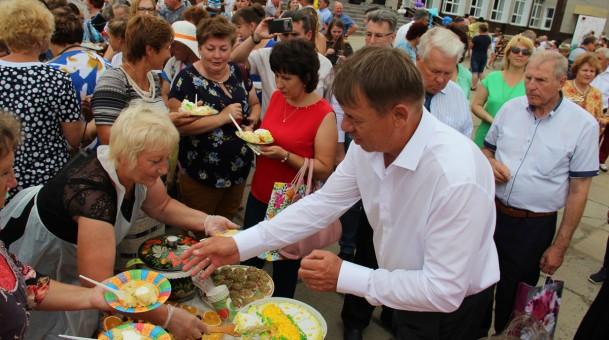 В рабочем поселке Тамбовской области отпраздновали юбилейный день рождения Мордовского района