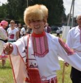 Массовую «Марийскую восьмерку» станцевали на этнофестивале в Татарстане