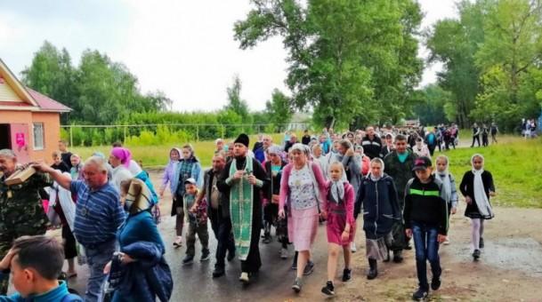 В Марий Эл прошёл молодёжный крестный ход