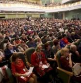 Игорь Комаров и Валентина Матвиенко приветствовали участников съезда в Саранске